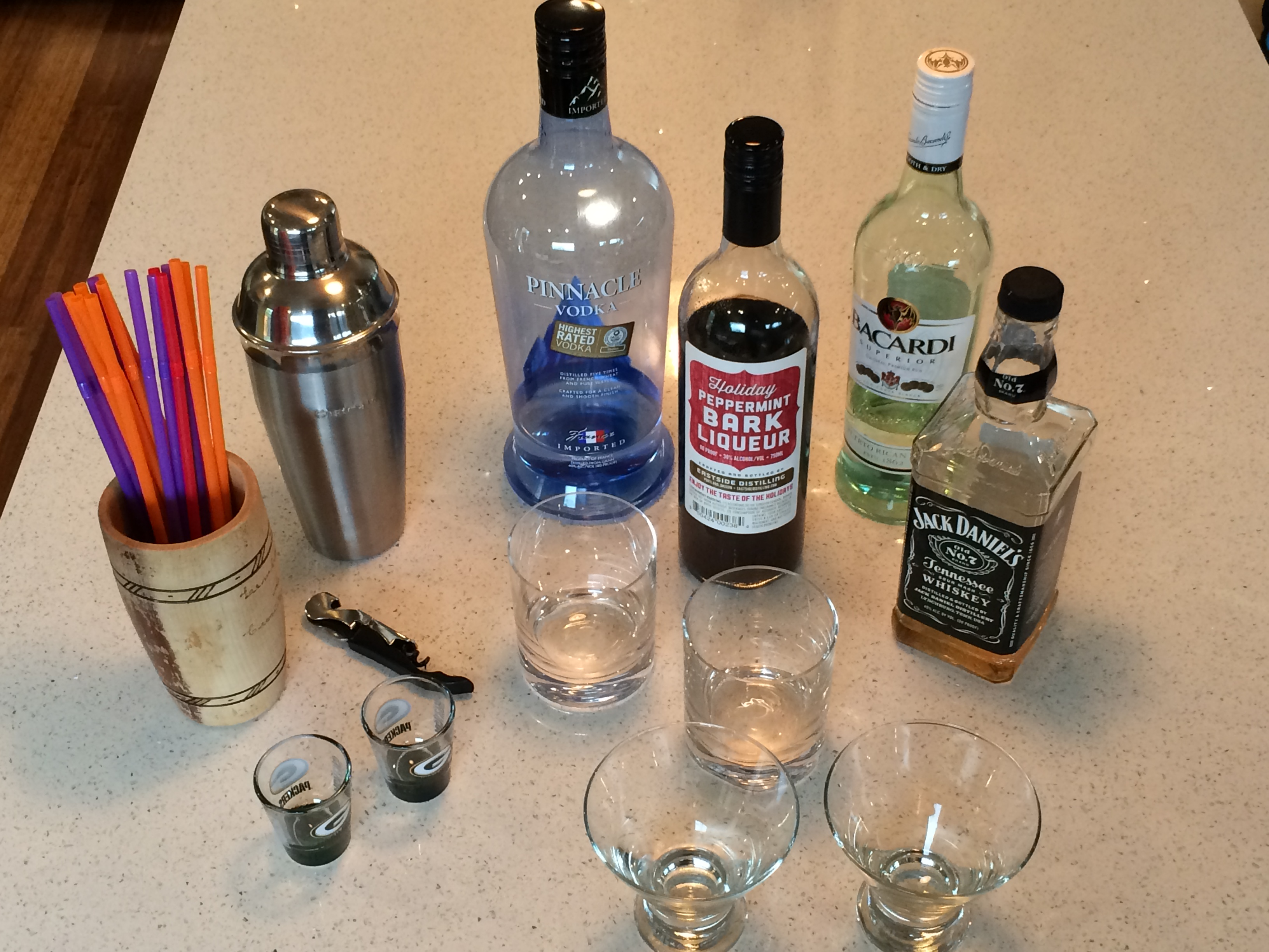 How To Set Up a Home Bar – How To Be Myself